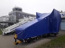 Abdeckung für Fluggasttreppe (Flughafen Heringsdorf)